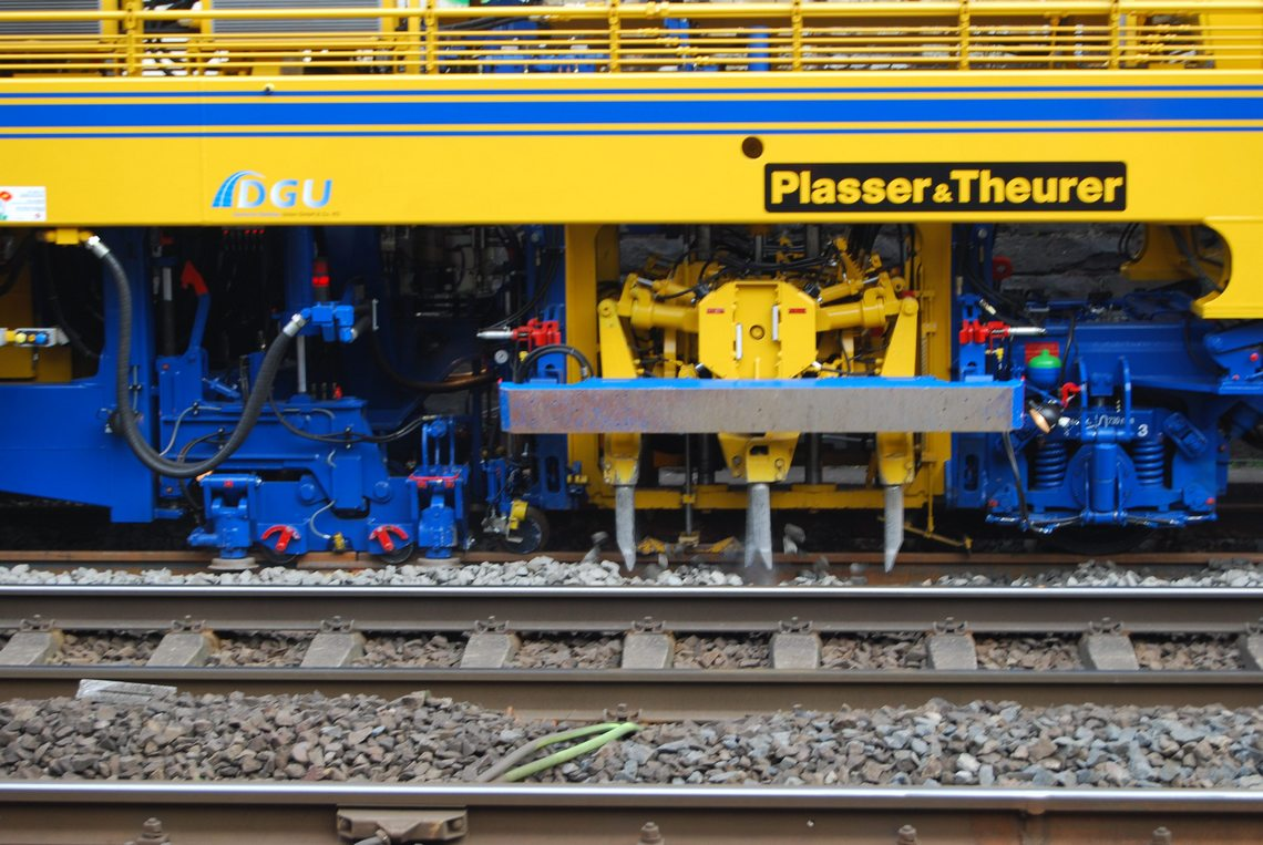 Plasser Theurer Machines Tamping Automatic Railway Gate Control System With High Speed Alerting